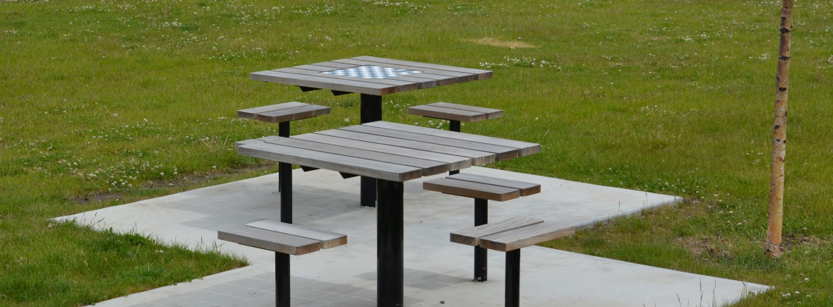 Places To Visit In The Neighbourhood Spruce Cliff Community - Spruce picnic table